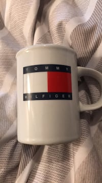 Tommy Hilfiger mug Kitchener, N2A 3Y9