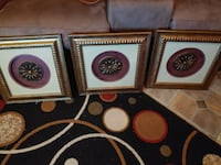 Gold wall decor pictures $10 each Bossier City