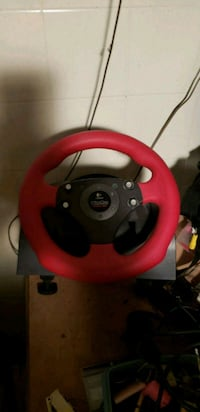 pc steering wheel with pedals logitrch formula for Montréal, H1N 2J9