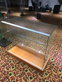 Display unit for business use Vaughan, L4J 1A5