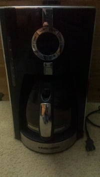 Black and Decker 12 cup Quick Brew  Coffee Maker