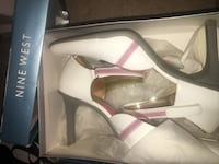 pair of white leather peep-toe pumps Capitol Heights, 20743