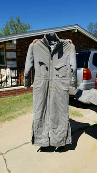 Insulated coveralls  Lubbock, 79412