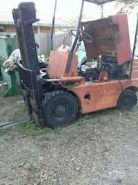 Forklift , 600.00$  doesnt run, has new tires. Holiday, 34690