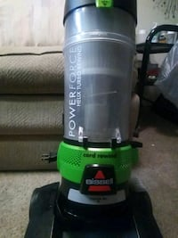 Bissell power flow bagless vaccum.. Must sell make me an offer Albuquerque, 87108