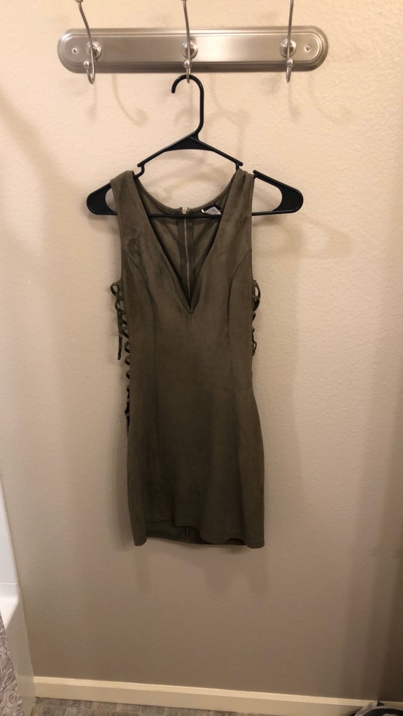 Photo Olive green mini dress