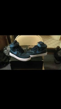 Air force 1 size 9 New Haven, 06511