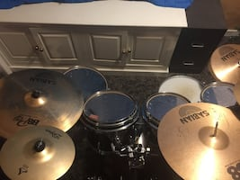 Gretsch renown with extras