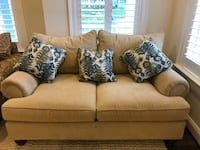 Great condition sofa/ couch Aldie, 20105