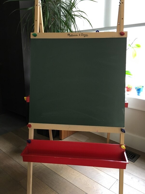 Melissa And Doug Wooden Easel With Whiteboardpaint Chalkboard