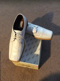 Pair of white leather dress shoes size 14 worn once Louisville, 40291