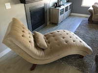 Chase lounge for sale Must pick up Kelowna, V1V 3A8
