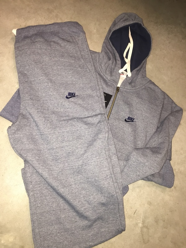 e5ee8bc8b726 Used Nike Sweatsuit 4XL((ONLY ONEs LEFT)) for sale in Greenville - letgo