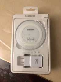 Samsung fast wireless charger  Toronto, M1J 2W6