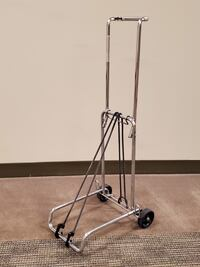 Luggage Carrier w/Bunjee