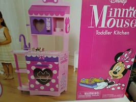 Minnie Mouse Toddler Kitchen