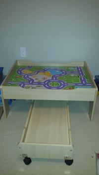 Train/toy table with drawer and train set Vaughan, L6A 0M7