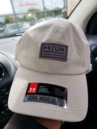 UNDER ARMOUR CAP BRAND NEW 34$
