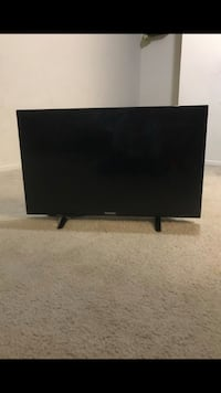 "Westinghouse 32"" TV with Roku-2 Falls Church, 22043"