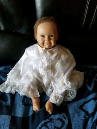 Baby reborn doll, paid 350.00, sell for 120. Montréal, H8T 1Y4