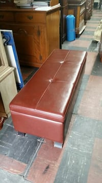 Leather storage bench 51w 16t 19d Los Angeles, 90033