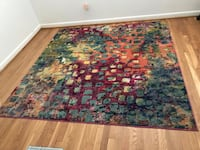 Multi color area rug 6x7 feet. Like new. Original price $118 Columbia, 21046