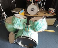 One of a kind drum kit