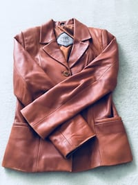 Brown leather jacket Toronto, M2R 2A4