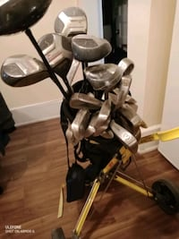 Golf clubs with cart Toronto, M6G 2N6