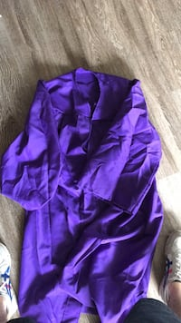 JMU graduation gown Arlington, 22201