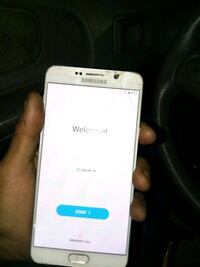white Samsung Galaxy android smartphone Renton, 98057
