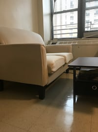 Loveseat with free coffee table New York, 10016