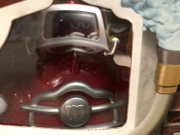 $100 OBO M&M Official Limited Edition Fire Truck Candy Dispenser  d07ccee9-6e50-4ac5-8355-036b6234fa11