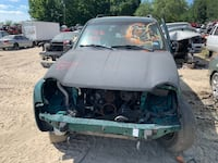 FOR PARTS ONLY - 2004 Jeep Liberty 3.7 Engine Houston