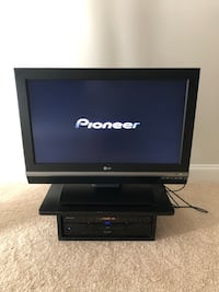 32 inches LG Tv and Pioneer Blu-ray Dvd Mc Lean, 22101