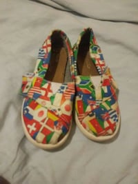 pair of multicolored floral slip-on shoes Kansas City, 64128