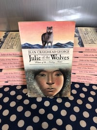 Class Set of 18 Julie of the Wolves Cortland, 44410