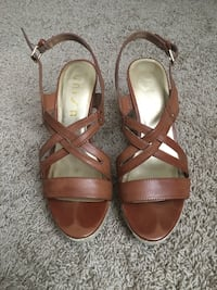 Brown strappy wedges, size 10 Tampa, 33619