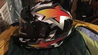 Snowmobile helmet with plug in defrosting face mask Newark, 60541
