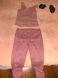 Matching blouse and jeans. Jeans size 3/4 pink Oklahoma City, 73120