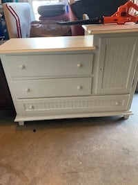 Changing Table in creamy white