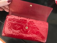 pink and white floral leather wristlet Laguna Niguel, 92677