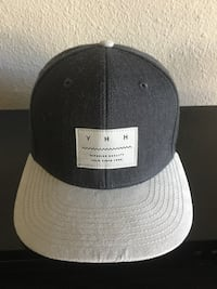 black and gray fitted cap Modesto, 95350