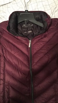 Black and red zip-up bubble jacket Aurora, 60502