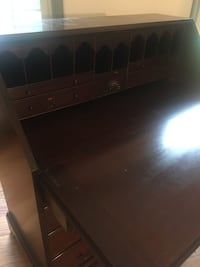 Antique secretary desk Frederick, 21702
