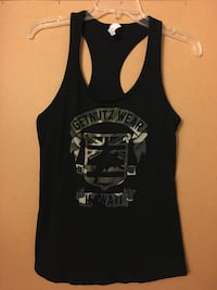 Get Nutz Women's Tank Top - Size S - Camo - only wore once - pickup in Aiea across old Toys R Us Aiea, 96701