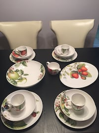 white and green floral ceramic dinnerware set Germantown, 20874