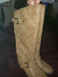 Tan suede knee-high boots Glendale, 85306