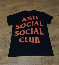 Anti social social club x undefeated  Madrid