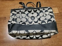 Coach dipper bag in good condition  Toronto, M6M 2G1